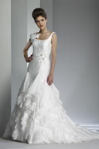 ウェディングドレス W9200