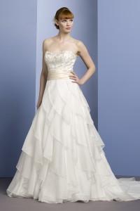 ウェディングドレス W9051