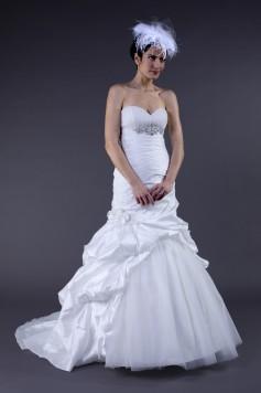 ウェディングドレス W9152